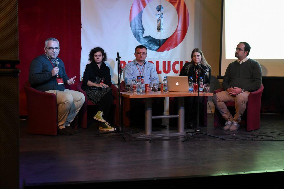Panel-Diskusija-iRevolucija2015